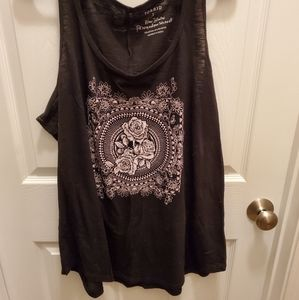 Torrid Black Tank with floral detail- size 2 - EUC